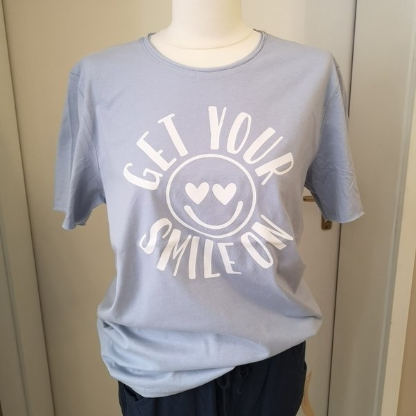 "T-Shirt, hellblau ""GET YOUR SMILE ON"""